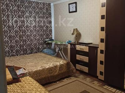 3-комнатная квартира, 63 м², 2/5 этаж, мкр Тастак-2, Дуйсенова за 22.2 млн 〒 в Алматы, Алмалинский р-н — фото 4