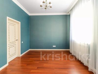 8-комнатный дом, 334 м², 10 сот., Ильинка за 47.5 млн 〒 в Нур-Султане (Астана), Есиль р-н — фото 14
