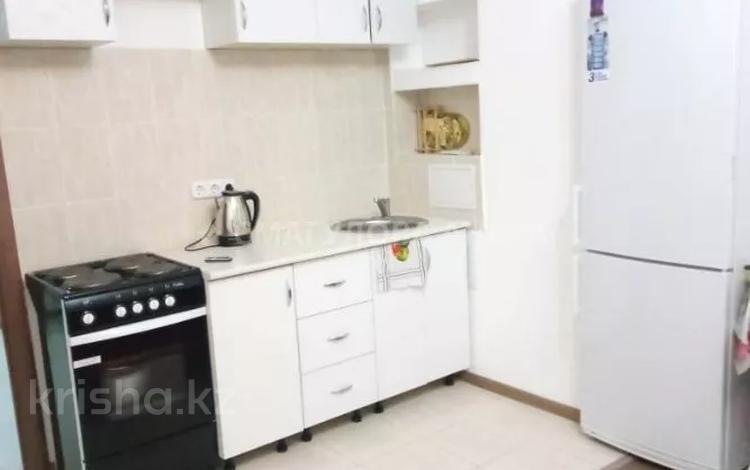 2-комнатная квартира, 65 м², 12/25 этаж помесячно, Асан кайгы 2 за 115 000 〒 в Нур-Султане (Астана), р-н Байконур