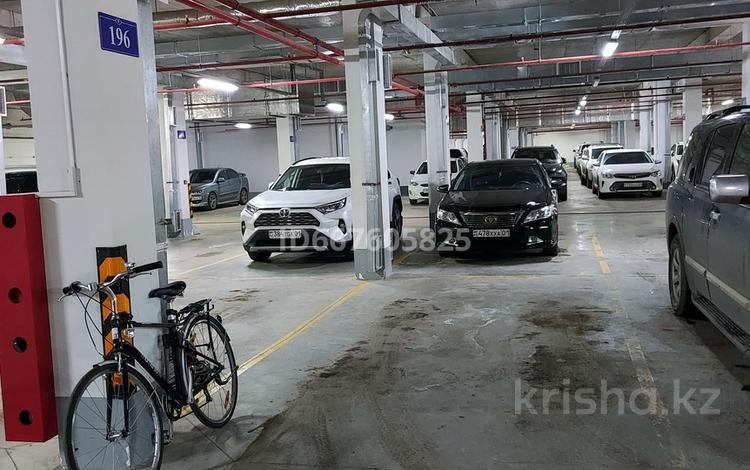 Паркинг в Promenade Expo за ~ 1.7 млн 〒 в Нур-Султане (Астане), Есильский р-н
