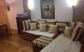 5-комнатный дом помесячно, 250 м², Верненская 34 за 350 000 〒 в Алматы, Медеуский р-н