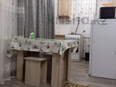 1-комнатная квартира, 33 м², 2/5 этаж посуточно, Новостройка — Ауэзова за 5 000 〒 в Семее — фото 2