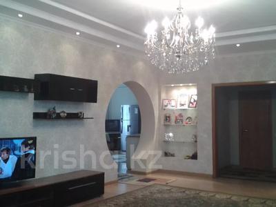 6-комнатный дом, 214 м², 8 сот., Токкулова 51 за 22 млн 〒 в Узынагаш — фото 3