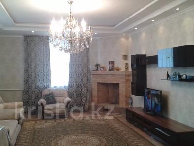 6-комнатный дом, 214 м², 8 сот., Токкулова 51 за 22 млн 〒 в Узынагаш — фото 4