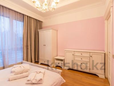 3-комнатная квартира, 110 м², 4/20 этаж помесячно, Аль-Фараби 21 — Каратаева за 550 000 〒 в Алматы — фото 21