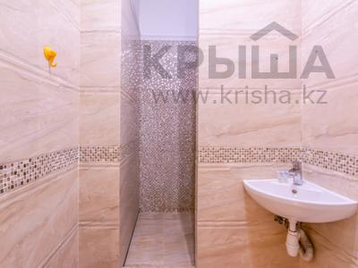 3-комнатная квартира, 110 м², 4/20 этаж помесячно, Аль-Фараби 21 — Каратаева за 550 000 〒 в Алматы — фото 30