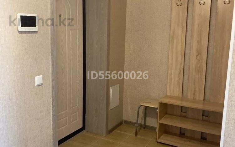 1-комнатная квартира, 40 м², 3/9 этаж помесячно, Бокейхана 11а за 110 000 〒 в Нур-Султане (Астана), Алматы р-н