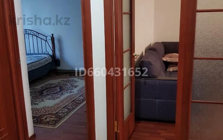 3-комнатная квартира, 78 м², 3/5 этаж, Байтурсынова 15 б за 26.5 млн 〒 в Шымкенте, Аль-Фарабийский р-н
