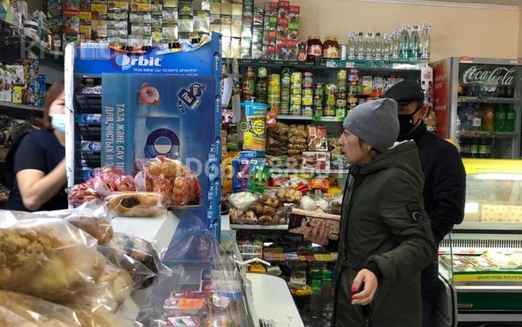 Магазин площадью 42 м², Назарбаева 14/1 за 33 млн 〒 в Усть-Каменогорске