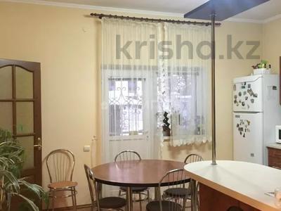 5-комнатный дом, 251.8 м², 11.3 сот., Кастеева за 127 млн 〒 в Алматы, Медеуский р-н — фото 2