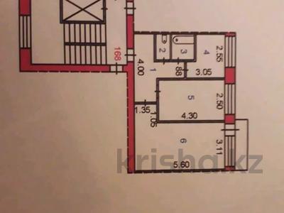 2-комнатная квартира, 46 м², 10/10 этаж, Проспект Строителей 13 за 9.5 млн 〒 в Караганде, Казыбек би р-н
