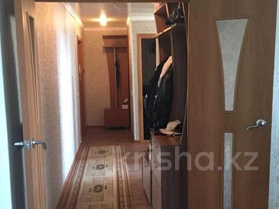 2-комнатная квартира, 46 м², 10/10 этаж, Проспект Строителей 13 за 9.5 млн 〒 в Караганде, Казыбек би р-н — фото 8