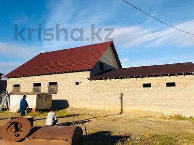 10-комнатный дом, 400 м², 6 сот., Байтерек 43 — Пеленгатор за 12.5 млн 〒 в Уральске