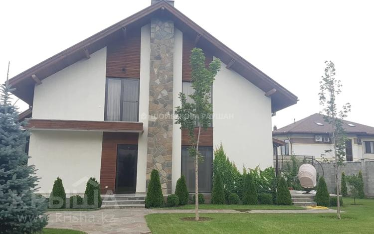 6-комнатный дом помесячно, 330 м², 11 сот., мкр Нурлытау (Энергетик), Жулдыз за 1.5 млн 〒 в Алматы, Бостандыкский р-н