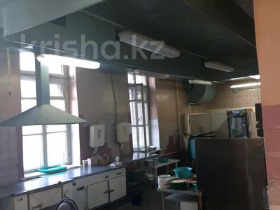 Магазин площадью 889 м², Независимости 76 — Металлургов 30 за 90 млн 〒 в Усть-Каменогорске — фото 5