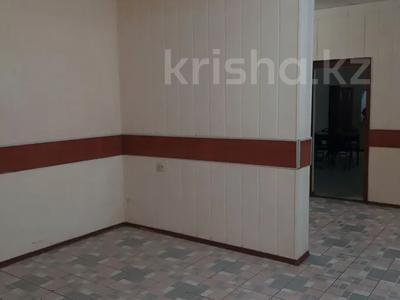 Магазин площадью 889 м², Независимости 76 — Металлургов 30 за 90 млн 〒 в Усть-Каменогорске — фото 9