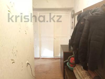 1-комнатная квартира, 45 м², 2/2 этаж, мкр Кулагер, Омарова за 10.5 млн 〒 в Алматы, Жетысуский р-н — фото 7