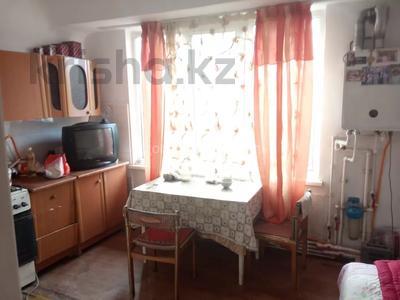 1-комнатная квартира, 45 м², 2/2 этаж, мкр Кулагер, Омарова за 10.5 млн 〒 в Алматы, Жетысуский р-н — фото 3