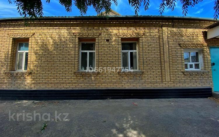 7-комнатный дом, 128.2 м², 6 сот., Елеусинова 13 — Дуйсенова за 13 млн 〒 в