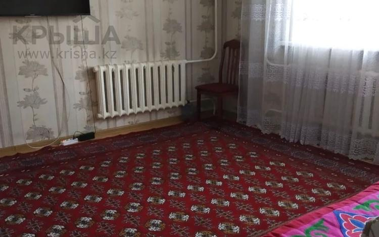 2-комнатная квартира, 52 м², 9/9 этаж, мкр Аксай-1А за 20 млн 〒 в Алматы, Ауэзовский р-н
