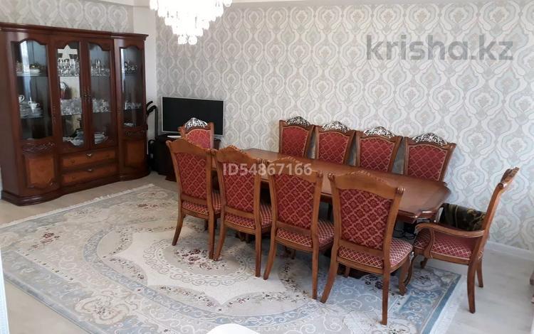 4-комнатная квартира, 95 м², 9/10 этаж, Казыбек би 38 за 43 млн 〒 в Усть-Каменогорске