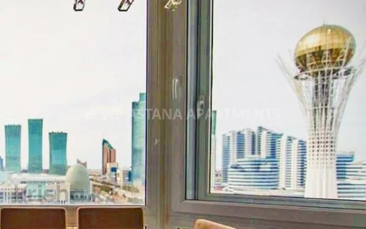 2-комнатная квартира, 108 м², 12/13 этаж посуточно, Достык 13 — Туркистан за 20 000 〒 в Нур-Султане (Астане), Есиль р-н