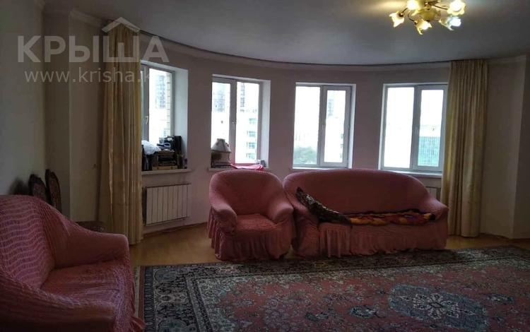 3-комнатная квартира, 134 м², 7/9 этаж, Иманбаевой 8 за 37.5 млн 〒 в Нур-Султане (Астана), р-н Байконур