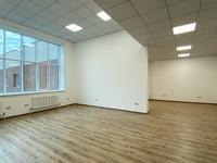 Помещение площадью 90 м²
