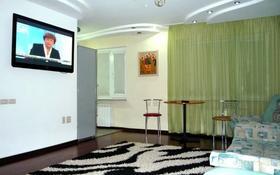 2-комнатная квартира, 70 м², 1 этаж посуточно, Гоголя 60 — Абая за 8 000 〒 в Костанае
