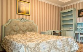 4-комнатная квартира, 188 м², 15/31 этаж помесячно, Кошкарбаева 2 за 500 000 〒 в Нур-Султане (Астана), Алматы р-н