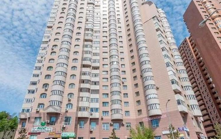 4-комнатная квартира, 120 м², 10/22 этаж, Иманова 17 за 31 млн 〒 в Нур-Султане (Астана), р-н Байконур