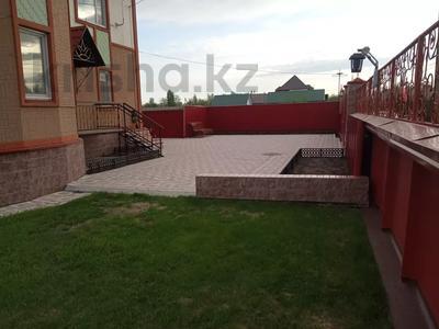7-комнатный дом, 247 м², 13.3 сот., Кокбайрак 35 за 27.5 млн 〒 в Петропавловске — фото 8