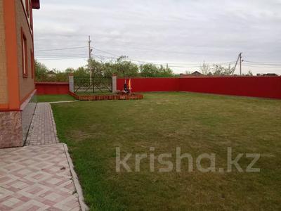 7-комнатный дом, 247 м², 13.3 сот., Кокбайрак 35 за 27.5 млн 〒 в Петропавловске — фото 9