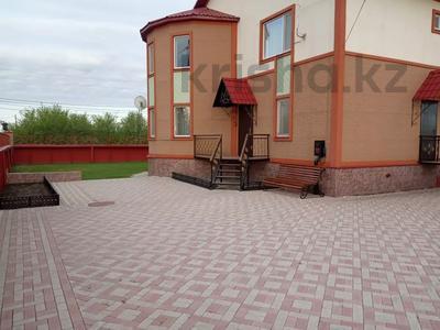 7-комнатный дом, 247 м², 13.3 сот., Кокбайрак 35 за 27.5 млн 〒 в Петропавловске — фото 6