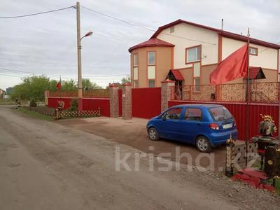 7-комнатный дом, 247 м², 13.3 сот., Кокбайрак 35 за 27.5 млн 〒 в Петропавловске — фото 22