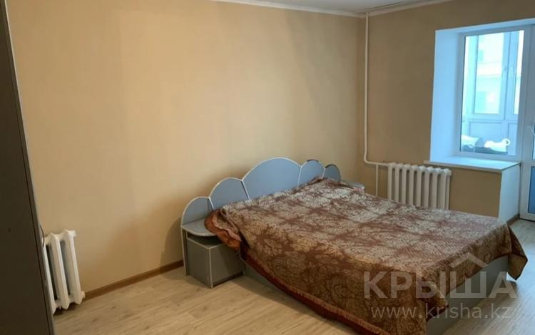 3-комнатная квартира, 74 м², 1/10 этаж, Темирбека Жургенова за 20.3 млн 〒 в Нур-Султане (Астана), Алматы р-н