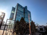 Здание, площадью 1081 м²