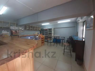Магазин площадью 42 м², мкр Жетысу-3, Момышулы — Абая за 22.5 млн 〒 в Алматы, Ауэзовский р-н