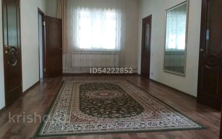 4-комнатный дом, 140 м², 8 сот., Райымбека 64 за 35.5 млн 〒 в Абае