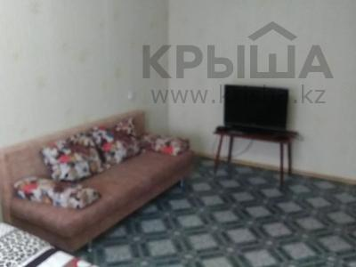 1-комнатная квартира, 37 м², 2/5 этаж посуточно, Оспанова 52 за 5 000 〒 в Актобе — фото 4