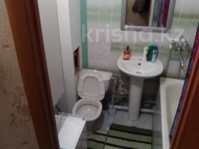 1-комнатная квартира, 37 м², 2/5 этаж посуточно, Оспанова 52 за 5 000 〒 в Актобе — фото 5