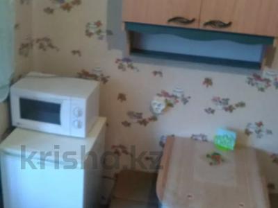1-комнатная квартира, 37 м², 2/5 этаж посуточно, Оспанова 52 за 5 000 〒 в Актобе — фото 6
