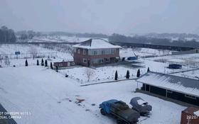 Ферма с яблоневым садом за 300 млн 〒 в Байтереке (Новоалексеевке)