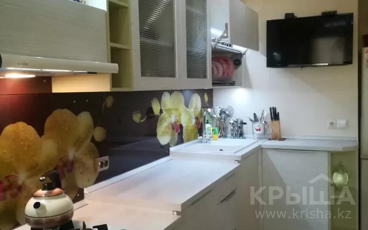 2-комнатная квартира, 70.7 м², 9/10 этаж, Ауэзовский р-н, мкр Мамыр-1 за 37 млн 〒 в Алматы, Ауэзовский р-н