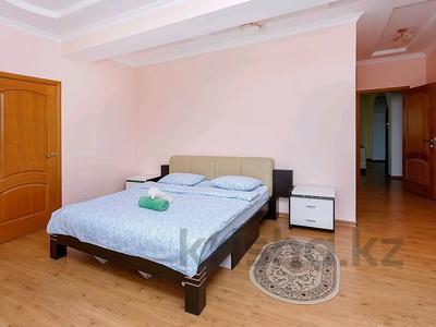 3-комнатная квартира, 148 м², 31/41 этаж посуточно, Достык 5/1 — Акмешет за 16 000 〒 в Нур-Султане (Астана), Есиль р-н — фото 7