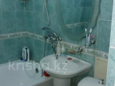 1-комнатная квартира, 32 м², 2/5 этаж, Бульвар Мира 31 за 12.5 млн 〒 в Караганде, Казыбек би р-н — фото 6