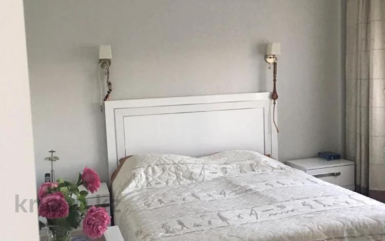 2-комнатная квартира, 71 м², 3/10 этаж, Рыскулбекова за 31.7 млн 〒 в Алматы, Бостандыкский р-н