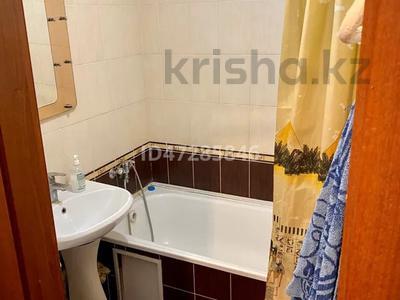 1-комнатная квартира, 35 м², 2/5 этаж по часам, Букетова 42 — Жабаева за 2 500 〒 в Петропавловске — фото 4