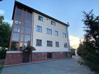 Здание, площадью 1650 м²
