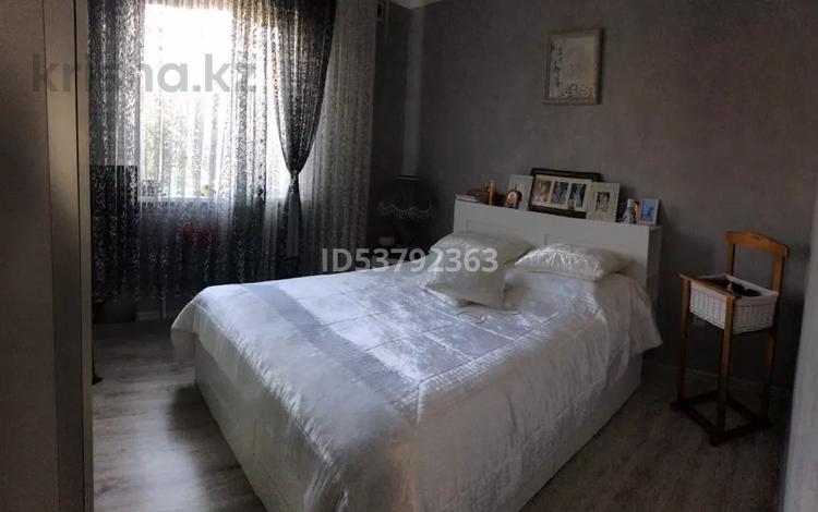 3-комнатная квартира, 90 м², 1/2 этаж, Джалиля 5г за 35 млн 〒 в Караганде, Казыбек би р-н